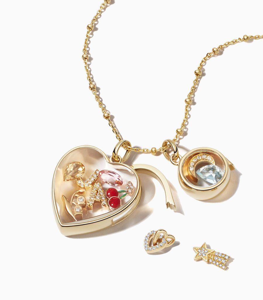 Diamond linked hearts