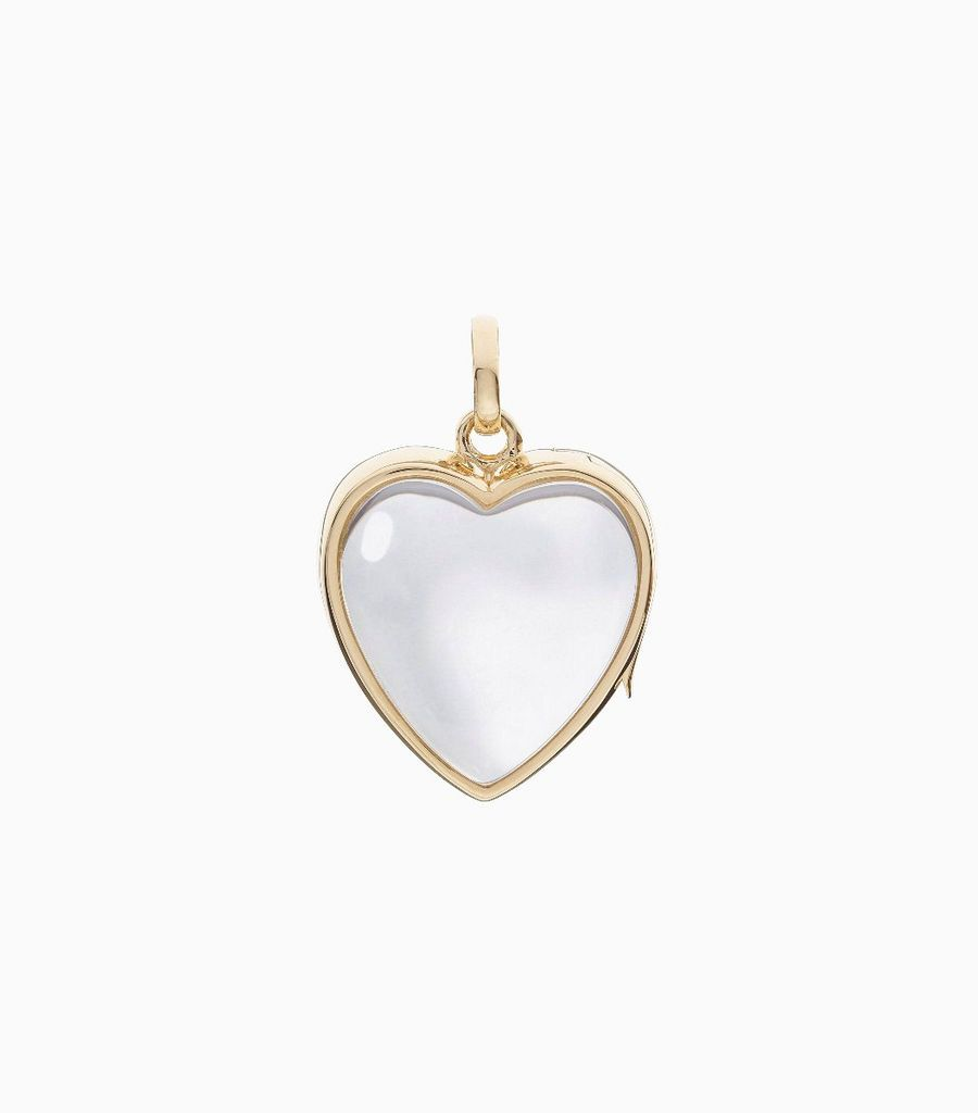 9carat yellow gold, heart shaped locket, set with a bevel edged, crystal glass front and a flat crystal glass back. The locket is designed with a side hindge for secure fastening and has a 18mm drop and a 17mm width